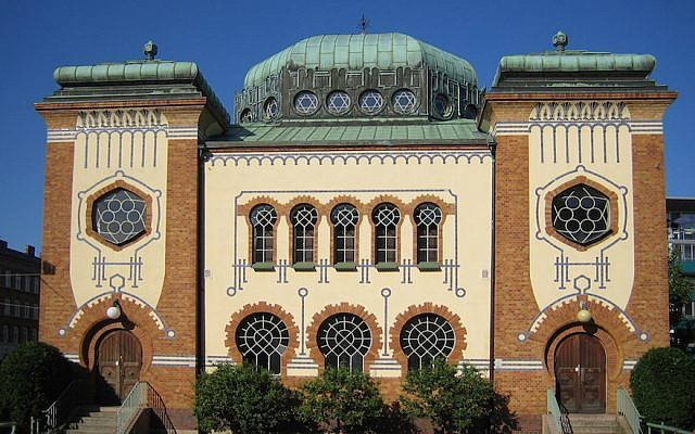 Stone throwers shatter window of synagogue in Sweden