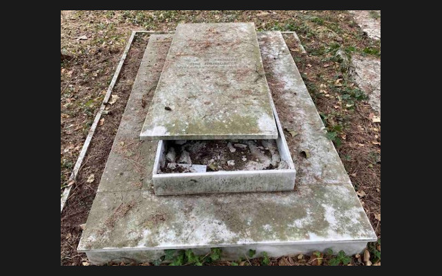 Second vandal attack at Jewish cemetery of Ioannina in a month