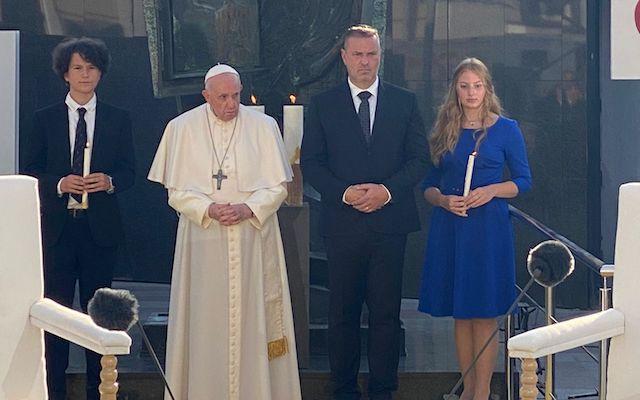 "Meeting with Slovak Jews, Pope Francis speaks of Holocaust ""shame"""
