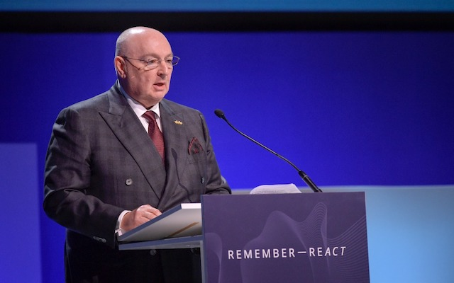 At the Malmö International Forum, Moshe Kantor calls on leaders to focus on youth education to combat antisemitism